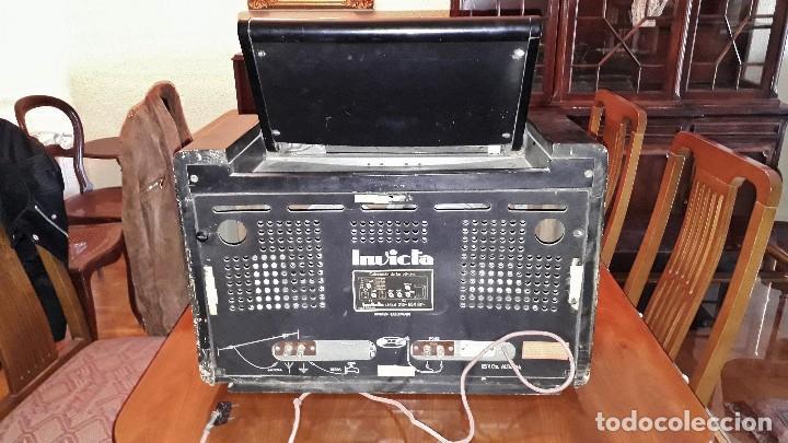 Radios de válvulas: Radio de válvulas antigua marca invicta mod. 243 - Foto 8 - 114613763