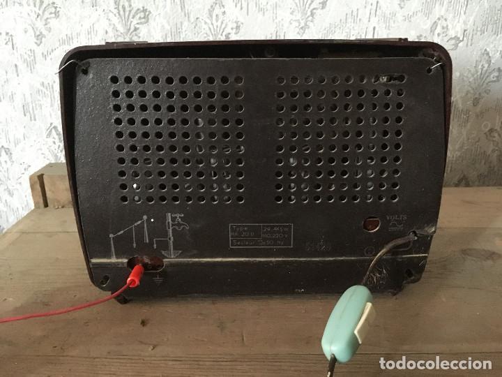 Radios de válvulas: RADIO RADIOLA BAQUELITA CON INTERRUPTOR.220V - Foto 10 - 115745899