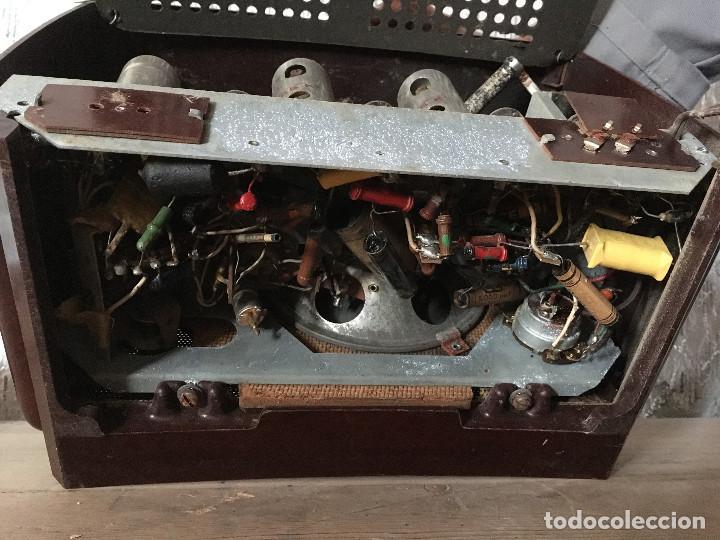 Radios de válvulas: RADIO RADIOLA BAQUELITA CON INTERRUPTOR.220V - Foto 15 - 115745899