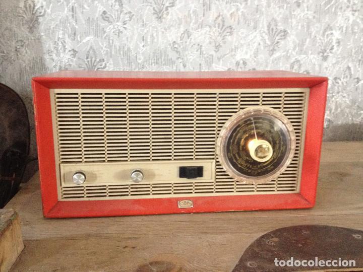 RADIO SBR R18 220 V.RETRO (Radios, Gramófonos, Grabadoras y Otros - Radios de Válvulas)