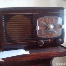 Radios de válvulas: RADIO A VÁLVULAS PHILIPS.MODELO RARO.FUNCIONANDO. Lote 116136267