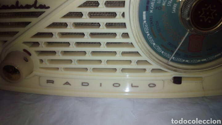 Radios de válvulas: Pequeña Radio Radiola.Funcionando - Foto 5 - 116815447
