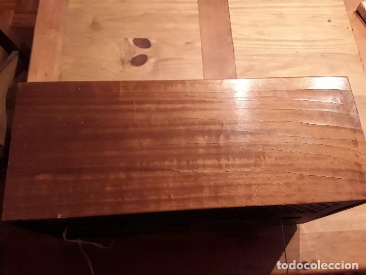 Radios de válvulas: Antigua radio válvulas phillips, funcionando, madera. - Foto 7 - 116989147