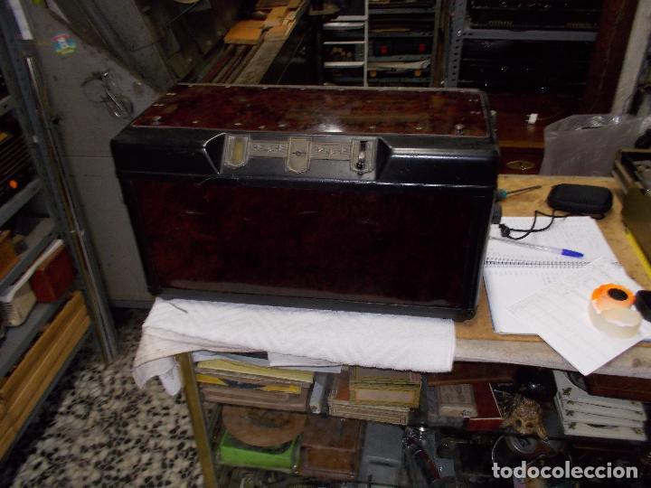 RADIO PHILIPS 2511 (Radios, Gramófonos, Grabadoras y Otros - Radios de Válvulas)