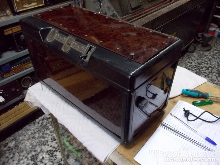 Radios de válvulas: Radio Philips 2511 - Foto 2 - 117059259