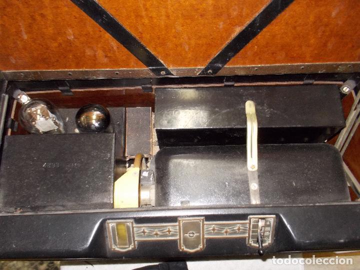 Radios de válvulas: Radio Philips 2511 - Foto 19 - 117059259
