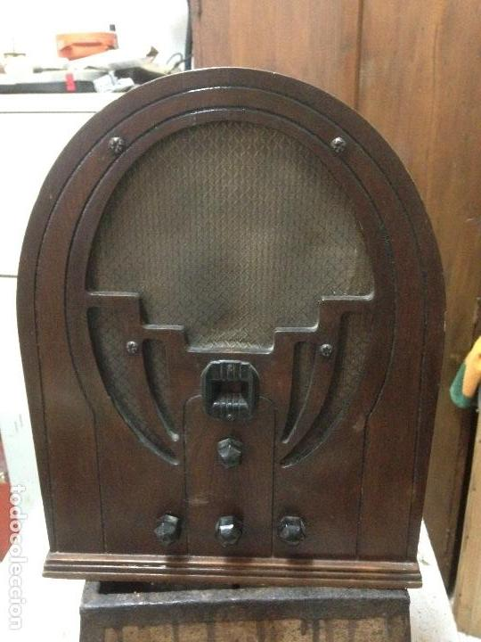 RADIO DE CAPILLA PHILCO 60 , AÑOS 30 (Radios, Gramófonos, Grabadoras y Otros - Radios de Válvulas)