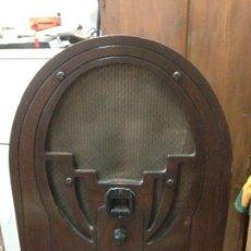 Radios de válvulas: RADIO DE CAPILLA PHILCO 60 , AÑOS 30. Lote 117278311