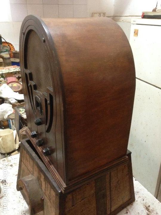 Radios de válvulas: Radio de Capilla Philco 60 , años 30 - Foto 2 - 117278311