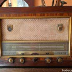 Radios de válvulas: REBAJADO!!!. RADIO PHILIPS DE MADERA, SIN PROBAR.. Lote 117717526