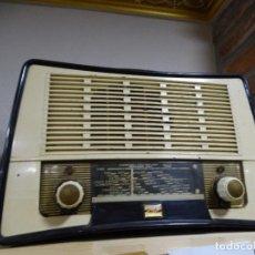 Radios de válvulas: RADIO DE VALVULAS - STELLA. INGLATERRA. FUNCIONANDO A 220 V. Lote 117856191