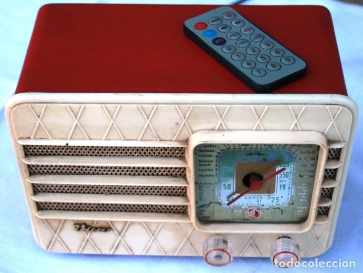Radios de válvulas: AUTENTICA RADIO DECORACION VINTAGE MARCA VICA SUENA PERFECTAMENTE AÑOS 60 LEER MAS - Foto 2 - 118251007