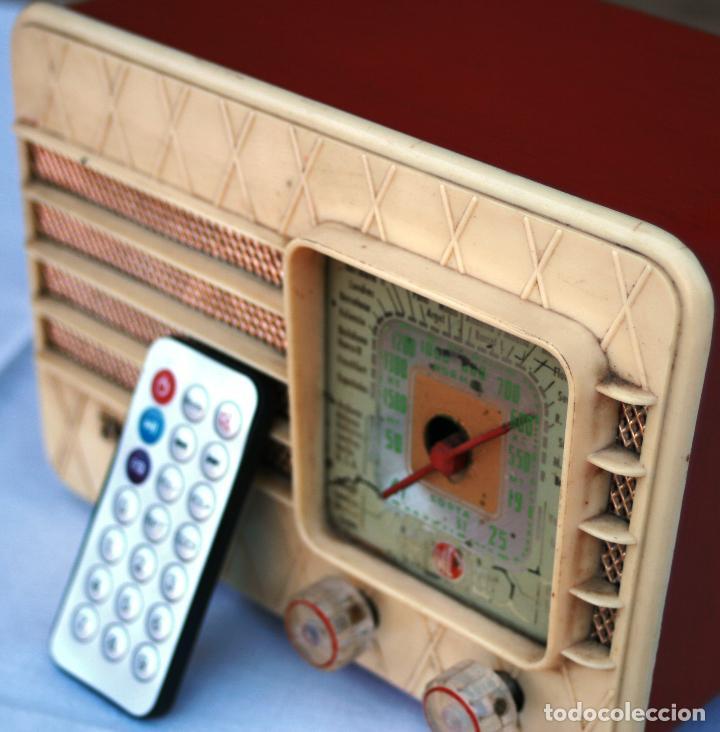 Radios de válvulas: AUTENTICA RADIO DECORACION VINTAGE MARCA VICA SUENA PERFECTAMENTE AÑOS 60 LEER MAS - Foto 6 - 118251007