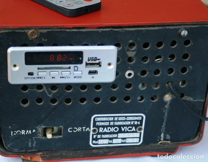 Radios de válvulas: AUTENTICA RADIO DECORACION VINTAGE MARCA VICA SUENA PERFECTAMENTE AÑOS 60 LEER MAS - Foto 8 - 118251007
