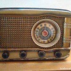 Radios de válvulas: RADIO A VALVULAS FUNCIONANDO. Lote 118260255
