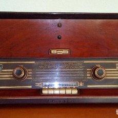 Radios de válvulas: RADIO TOCADISCOS MODELO H6E841 - PHILIPS IBERICA S.A.E. (MINIWATT) - MADRID. Lote 118546711