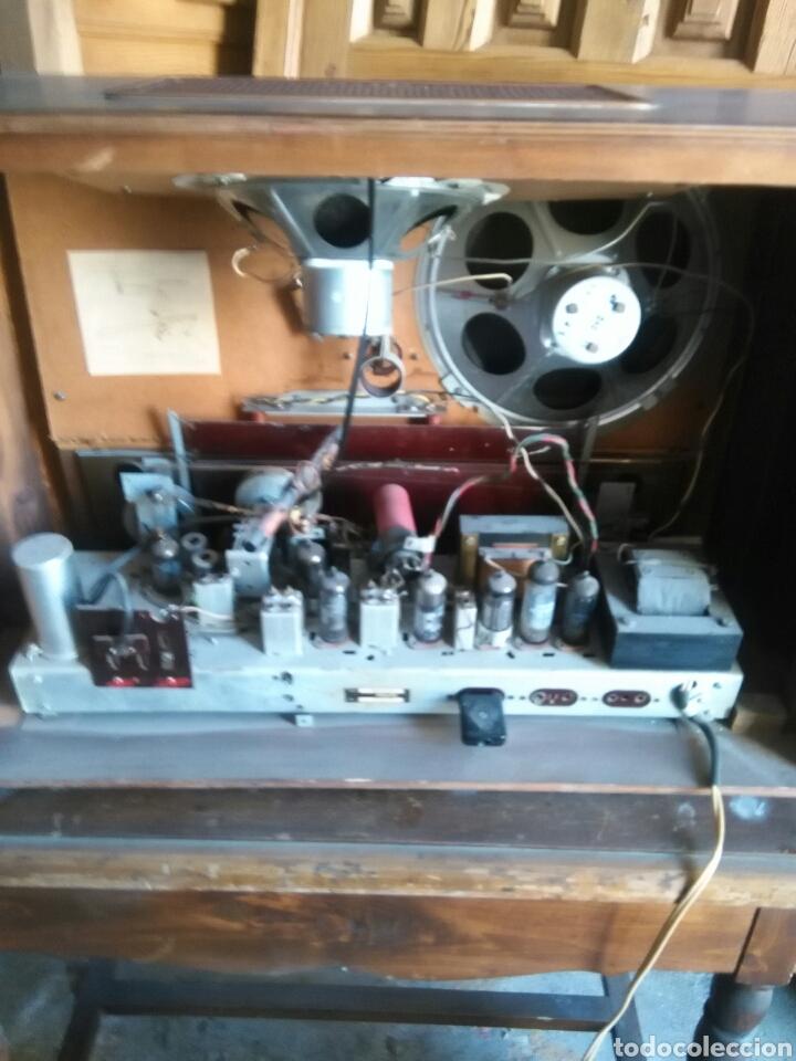 Radios de válvulas: Antigua radio de valvulas philips - Foto 9 - 118575590