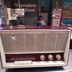 Radios de válvulas: INVICTA, RADIO ANTIGUA. Lote 118870715