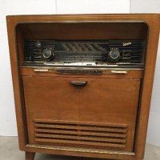 Radios de válvulas: ANTIGUA RADIO DE SALON GRAETZ AÑOS 50. Lote 119052687