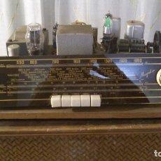 Radios de válvulas: PIEZA UNICA¡¡¡ RADIO DE VALVULAS MARCA MAGESTIC + MUEBLE ALTAVOZ HECHO A MANO. EN FUNCIONAMIENTO.. Lote 119528367