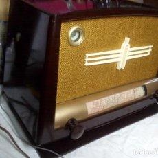 Radios de válvulas: RADIO A VALVULAS DUCRETET THOMSON L135. Lote 120049719