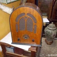 Radios de válvulas: RADIO CAPILLA FUNCIONANDO. Lote 121066939