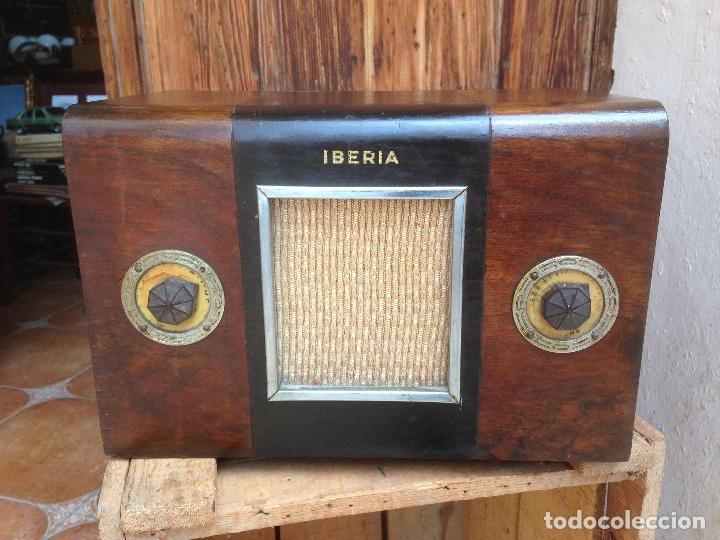 RADIO A VÁLVULAS IBERIA , ESPAÑOLA. (Radios, Gramófonos, Grabadoras y Otros - Radios de Válvulas)