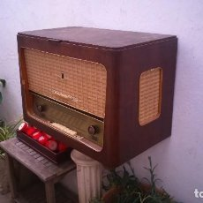 Radios de válvulas: ANTIGUA RADIO DE VÁLVULAS TOCADISCOS GRANDE. PHONO SUPER TEPPAZ . Lote 122113427