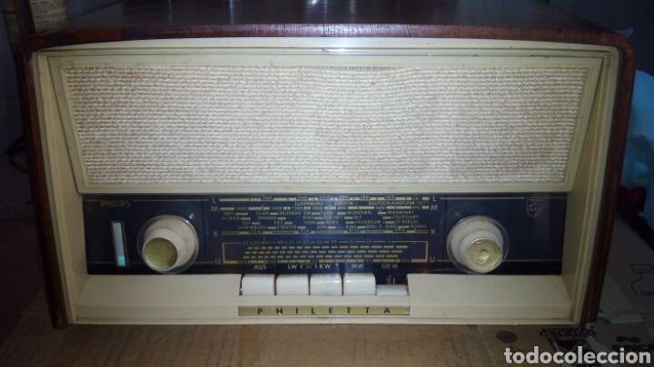 RADIO PHILIPS B3D32A PEQUEÑO,FM(FUNCIONA) (Radios, Gramófonos, Grabadoras y Otros - Radios de Válvulas)