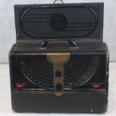 Radios de válvulas: ANTIGUA RADIO DE VÁLVULAS,PORTÁTIL,CHICAGO,AÑOS 50,ZENITH.. Lote 125286263