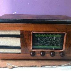 Radios de válvulas: GRAN RADIO DE VALVULAS FUNCIONANDO A 220. Lote 125863891