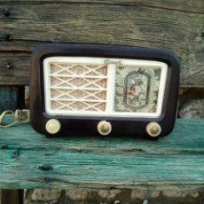 Radios de válvulas: RADIO ANTIGUA GINET. Lote 125944983