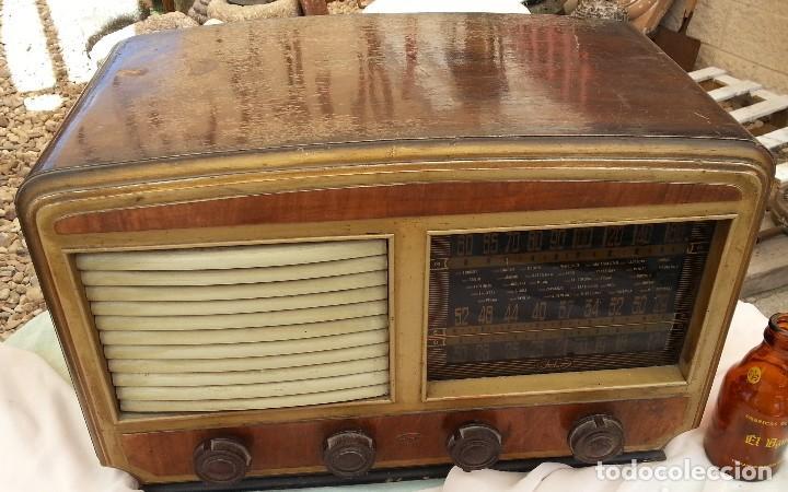 Radios de válvulas: Radio de válvulas antigua. Marca INTER. Años 60-70 - Foto 2 - 125964067