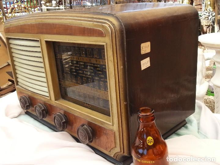 Radios de válvulas: Radio de válvulas antigua. Marca INTER. Años 60-70 - Foto 10 - 125964067