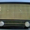 Radios de válvulas: RADIO.PHILIPS.DE BAQUELITA.MEDIDA 25X13. Lote 126311075