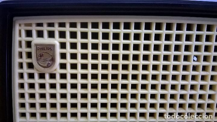 Radios de válvulas: Radio.Philips.De baquelita.Medida 25x13 - Foto 5 - 126311075