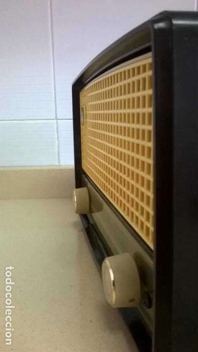 Radios de válvulas: Radio.Philips.De baquelita.Medida 25x13 - Foto 9 - 126311075