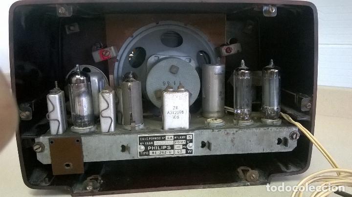 Radios de válvulas: Radio.Philips.De baquelita.Medida 25x13 - Foto 12 - 126311075