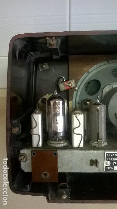 Radios de válvulas: Radio.Philips.De baquelita.Medida 25x13 - Foto 13 - 126311075