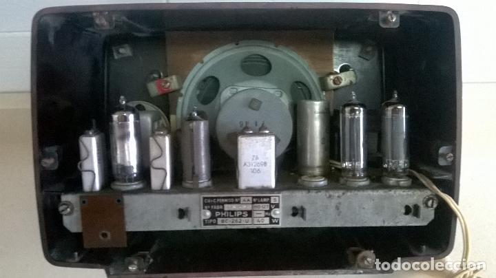 Radios de válvulas: Radio.Philips.De baquelita.Medida 25x13 - Foto 16 - 126311075