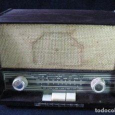 Radios de válvulas: RADIO PHILIPS DE BAQUELITA. Lote 126367227
