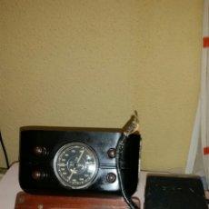 Radios de válvulas: BECKER AUTORADIO-SOLITUDE 3 MERCEDES 170 S, 220 S OLDTIMER RADIO UM 1951. Lote 127454630