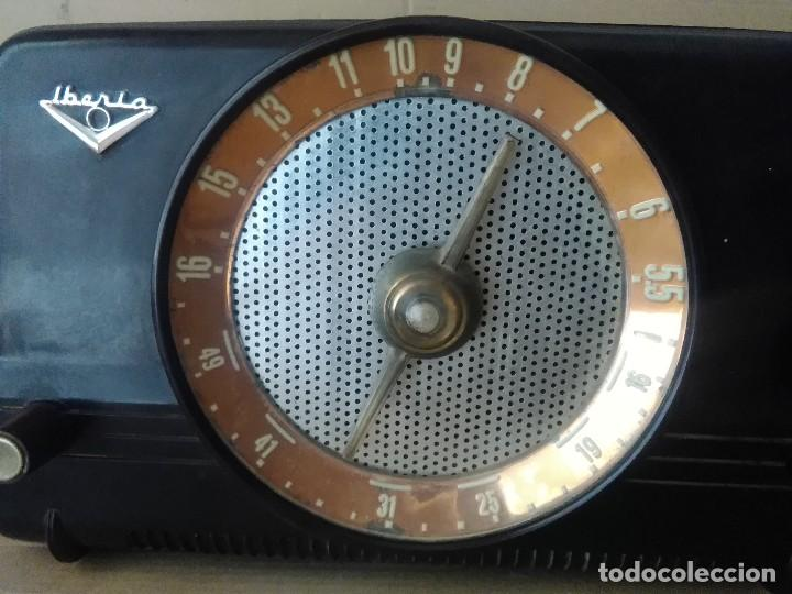 Radios de válvulas: Radio Iberia s a B =26 modelo i c 5 30x15x15 - Foto 3 - 127642123