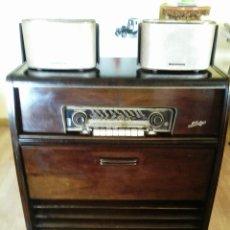 Radios de válvulas - MUEBLE RADIO TELEFUNKEN - 127823823