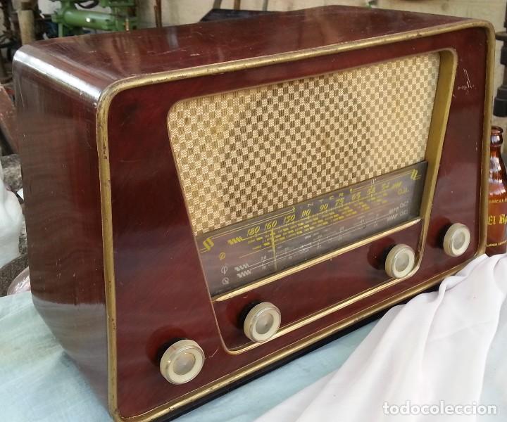 RADIO DE VÁLVULAS ANTIGUA. MARCA INTER BERING. PRECIOSO OBJETO AÑOS 60-70 (Radios, Gramófonos, Grabadoras y Otros - Radios de Válvulas)