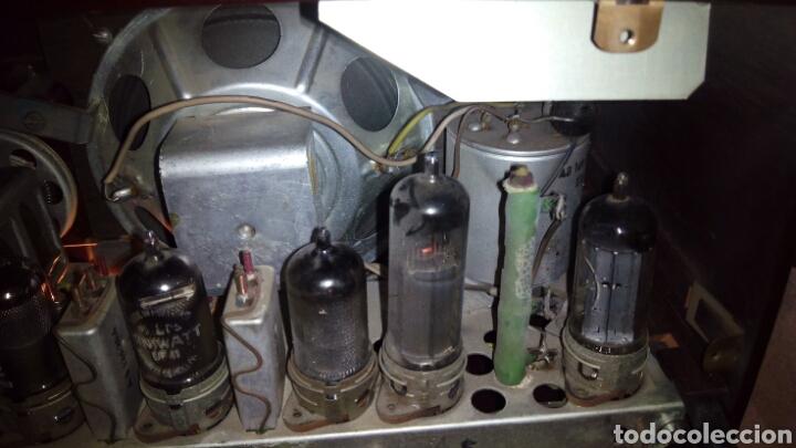 Radios de válvulas: Pequeña Radio Philips BX135U/81 Funcionando - Foto 8 - 128113807