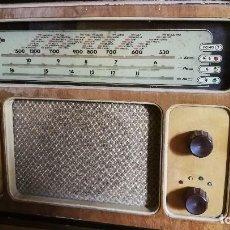 Radios de válvulas: RADIO INVICTA MODELO 5306 -BOMBAY-// REVISADO Y FUNCIONANDO//. Lote 128427303