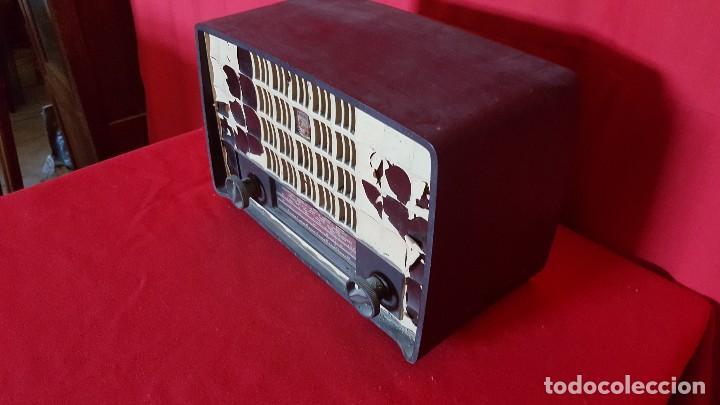 Radios de válvulas: Radio Philips de pequeño tamaño para restaurar. - Foto 3 - 129015635