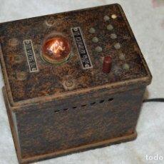 Radios de válvulas: VINTAGE - FUNCIONA - ELEVADOR DE TENSIÓN - ENTRADA 80/180 - SALIDA 100/120 - HAZ OFERTA - ENVÍO 24H. Lote 129292679