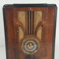 Radios de válvulas: RADIO A VÁLVULAS. ANDREA. MUEBLE DE MADERA. ESTADOS UNIDOS. 1936. . Lote 148927605